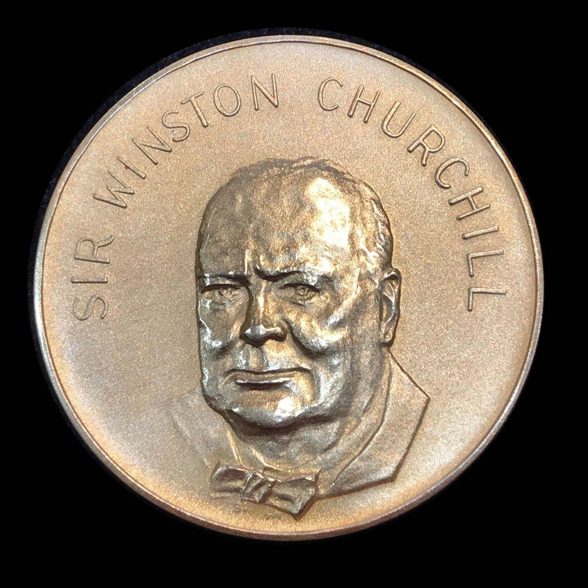 Gold coin Winston Churchill